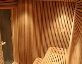 Sauna wykonana z Thermory thermo osiki Medium
